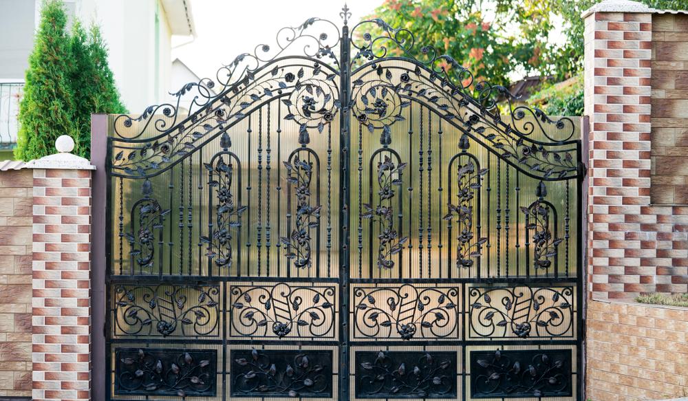 décor d'angle pour portail