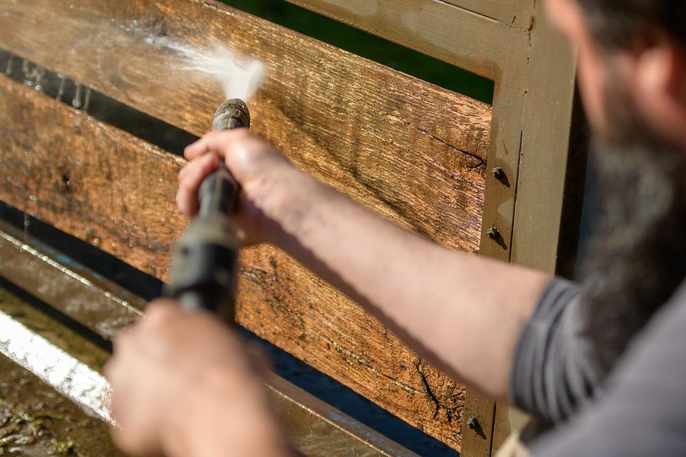traitement portail bois